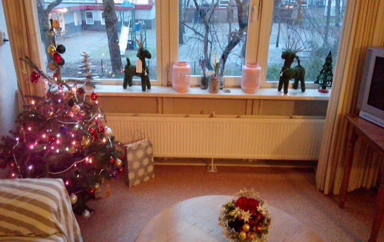 Sasja viert kerst met haar 2 zoontjes IN DE DAK- EN THUISLOZENOPVANG
